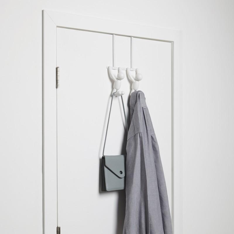 Umbra buddy double over the door hooks white artista for Idee regalo doors